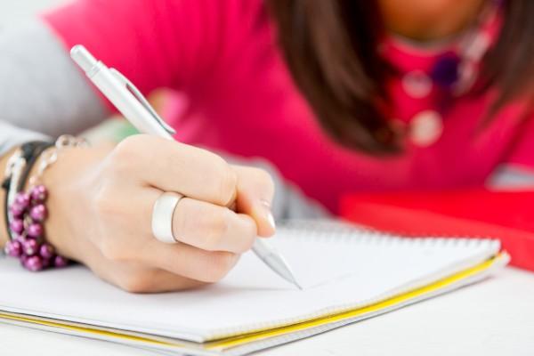 2021年广东成人高考有什么专业适合女生读?